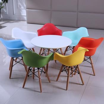 Diseño Mesa Juego Hotel Madera Silla Adulto Y Conjunto Restaurante Niños De Niño Buy Plástico Interior Colorido Comedor Para oWrBCdxe