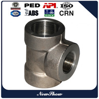 Forged stainless steel and carbon steel pipe tee