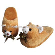 Fashion animal shaped slippers kid's plush slippers