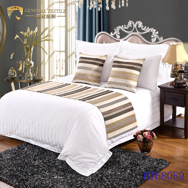 Hot sale low price hotel decorative jewelry decorative bed scarf