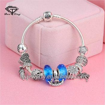 138338f00fb1 Compras en línea de China Marca Diseño elegante flexible cristal brazaletes  pulseras
