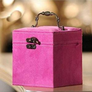 INFINIT-121 Flannelette Fhree-layer Cosmetics Box (Random Color Delivery)