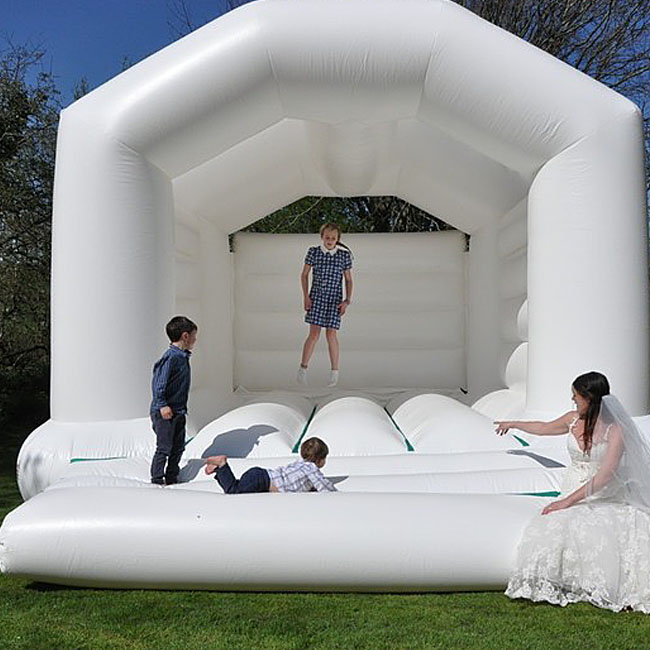 Customized Newest white bouncy house jumping castle bouncy castles inflatable bouncy castle for wedding