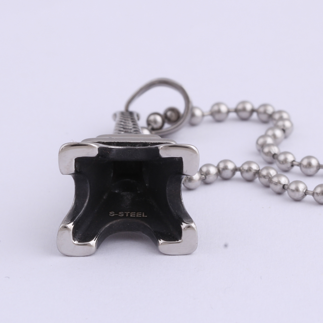 fashion jewelry stainless steel Eiffel Tower pendant necklace for men