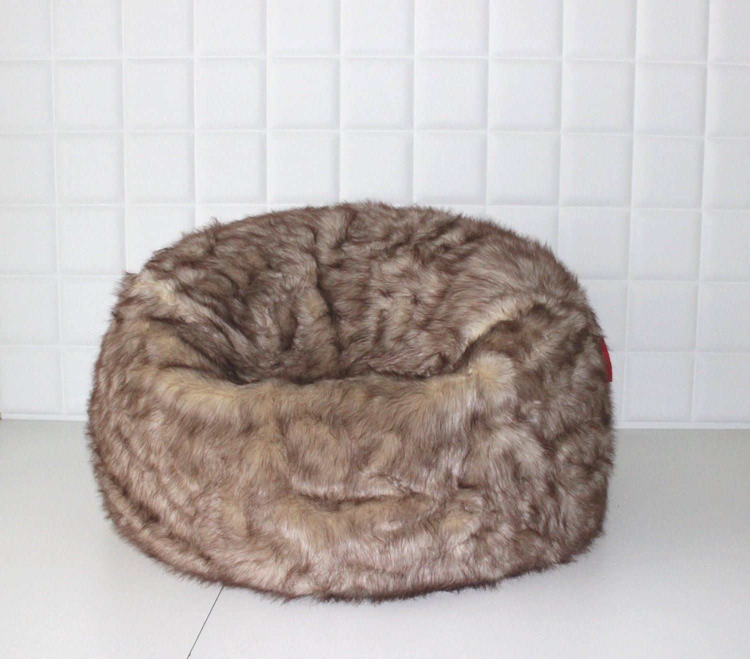 Get Quotations · EXTRA LARGE LUSH   SOFT TUNDRA WOLF FAUX FUR BEAN BAG  CLOUD BEAN BAG CHAIRS COVER 44123a76b1f07