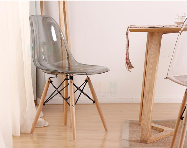 Modern design hot sales transparent furniture plastic chair in cafe