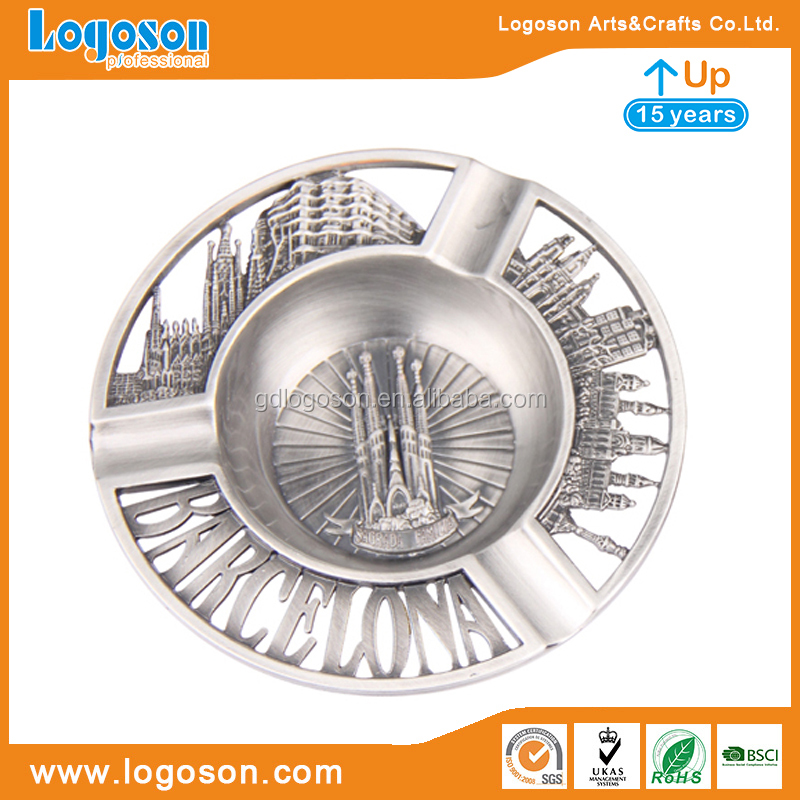 LOGOSON BRAND Spain Barcelona Souvenirs Decorative Ashtray Sagrada Familia Cathedral Custom Ashtray Metal Ash Tray