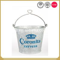 2017 Fashionable galvanized ice bucket with stand for bar