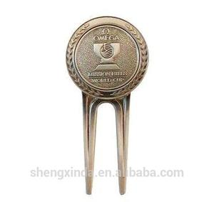 Golf products supplier unique embossed logo golf repair tool with metal golf ball marker
