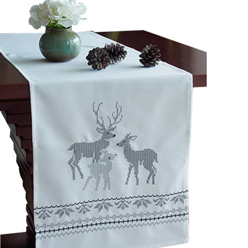 Whole Washable Durable Plastic Lace Table Runner