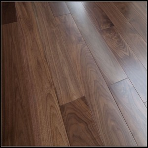 Selected Solid Black American Walnut Flooring 18mm Thick Solid Wood Flooring