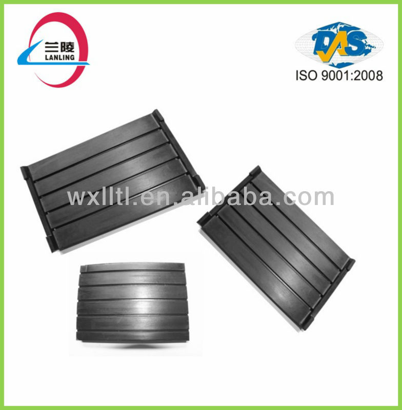Railway rubber shock insulation pad
