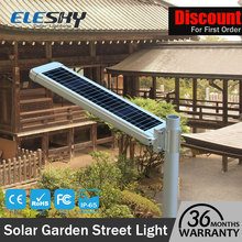 Competitive price quality long warranty integrated solar flagpole light
