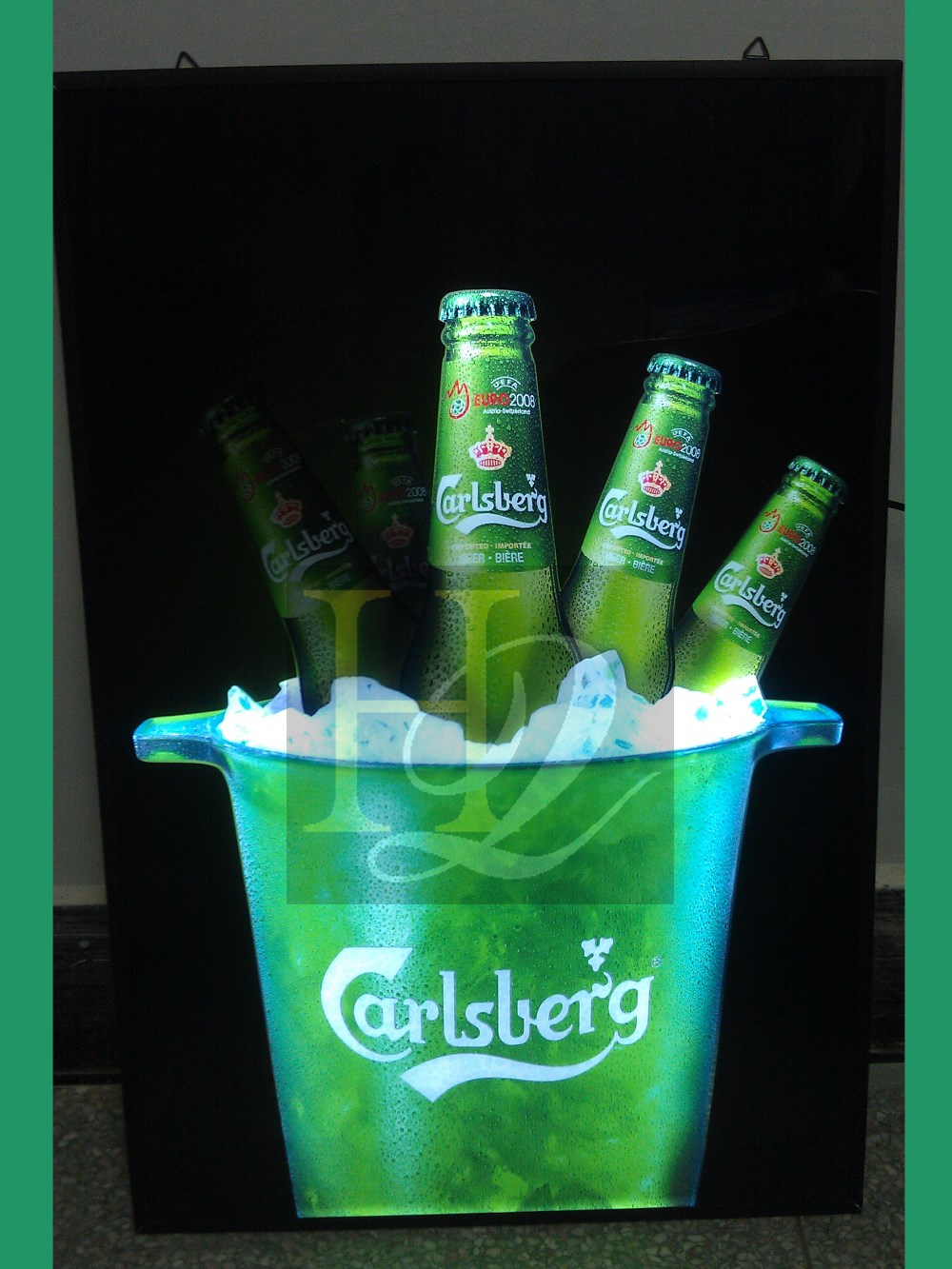 Guangzhou supplier acrylic beer bottle display led light display with handle lighting box