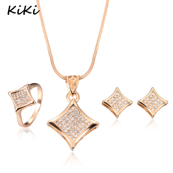 2017 Latest Design Fashion Jewellery Set New Gold Necklace