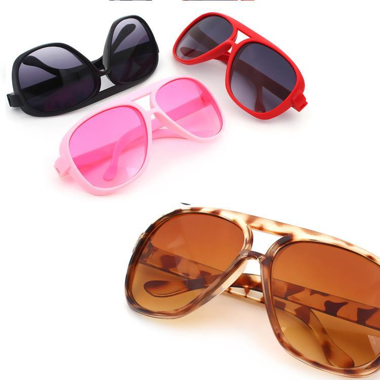 6d8ad25d253 Get Quotations · Sunglasses For Boys Girls Kids Children Wide Frame Glasses  Baby Anti-uv Sun-shading