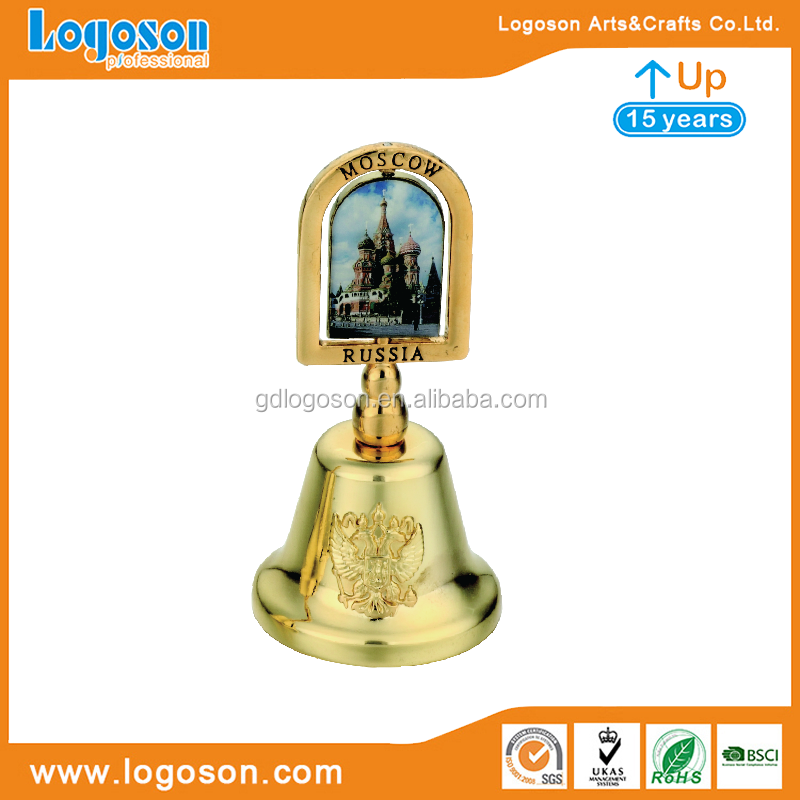 Moscow Souvenir Gifts Heart Shaped Hand Bells Russian Art Small Metal Bells Shiny Gold / Silver Desk Bell