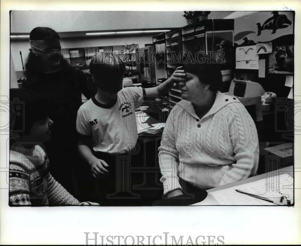1982 Press Photo Gordon Russel Middle School, Pat Barrett - orb99293
