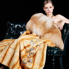 Imported luxury limited edition North America White gold level full length real wild fox fur coats with Gold fox collar
