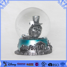 Promotion Gifts Funky Handmade Resin Snow Ball