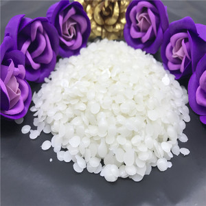 Paraffin wax wholesales that can make candles and wax jewellery moulds