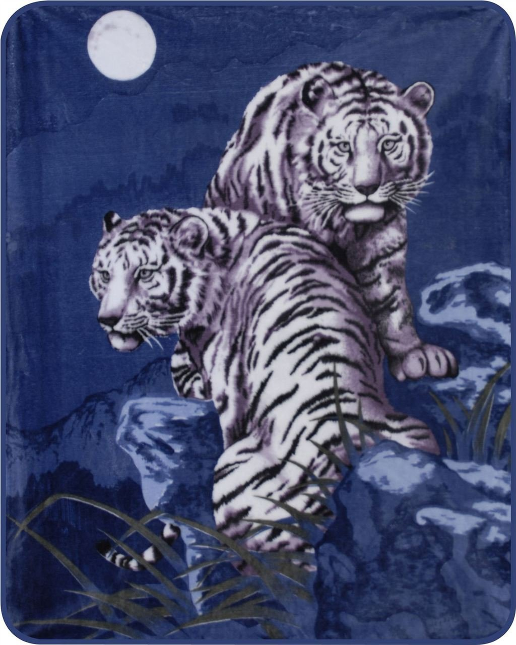 Medium Weight (Approx. 5lbs) White Tigers Blanket Polyester Mink Blanket