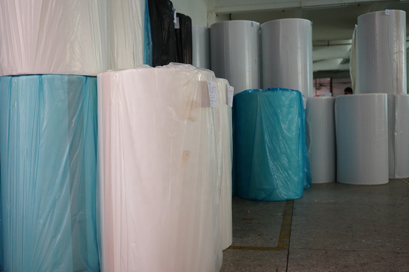 0.5mm/1mm/3mm/5mm PE foam material without glue jumbo roll