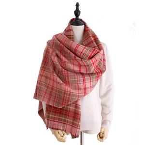 Wholesale 2018 hot sale brand pashmina scarf high quality luxury brand acrylic thick warm plaid blanket scarf