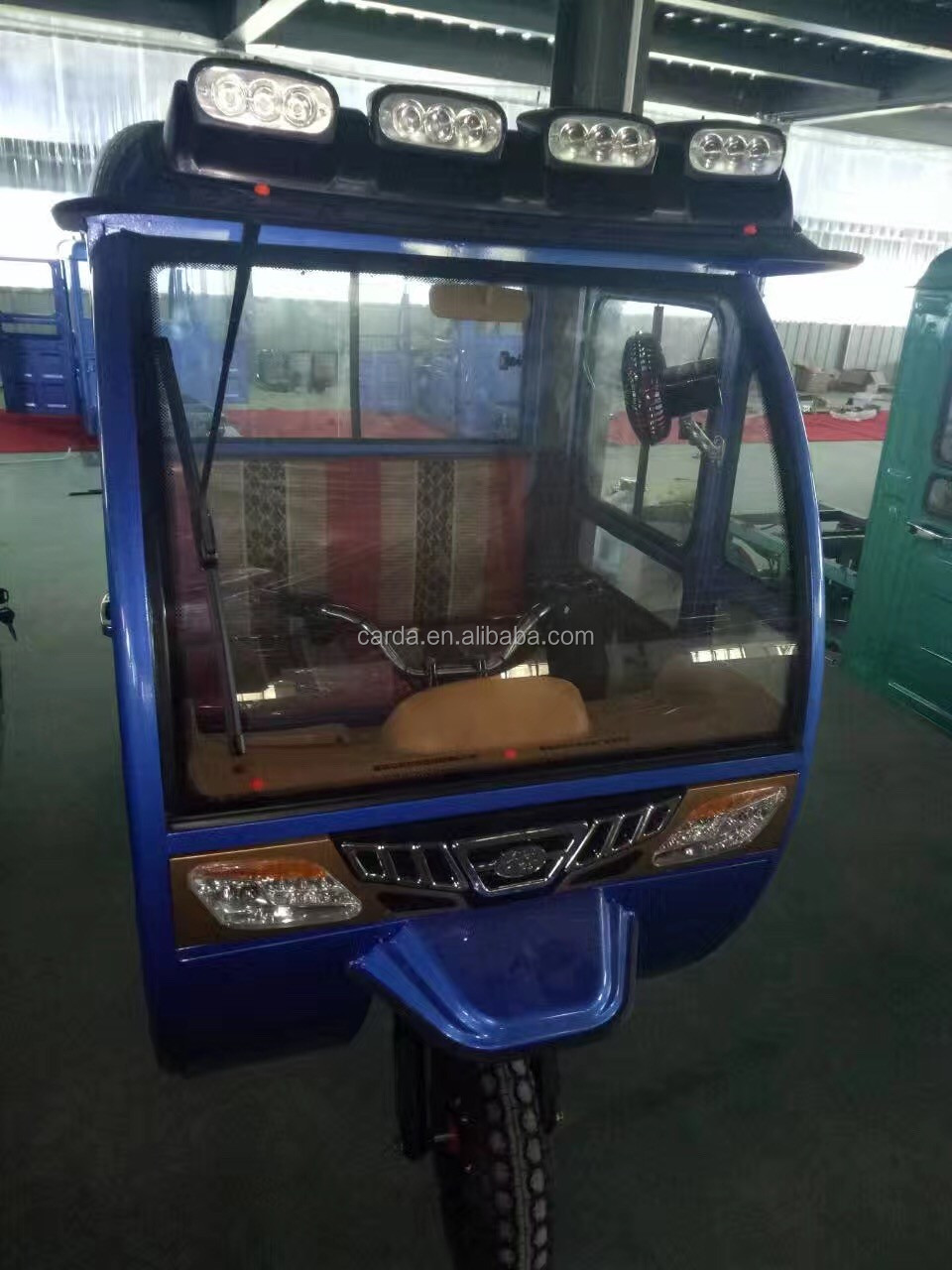 closed double row passenger seat electric cargo tricycyle with cabin passenger and cargo estate 2 wheeler station wagon