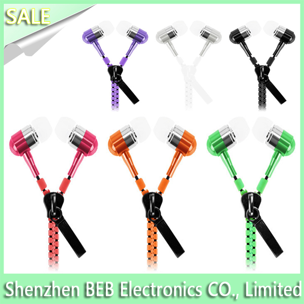 Green color earbuds , in ear earphone good sound quality and fashionable Shenzhen