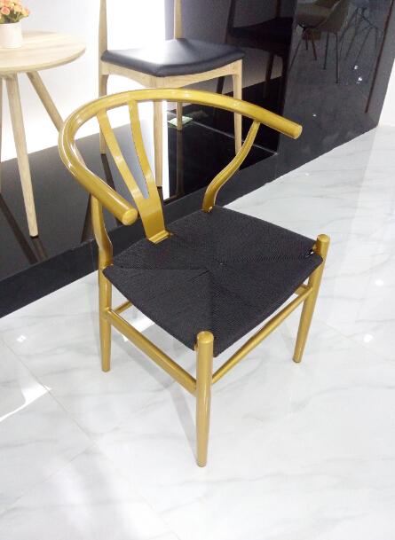 a01 1 moderne meubels hout ontwerp y hans wegner wishbone stoelen met rotan zetel a01 1 modern furniture wood design