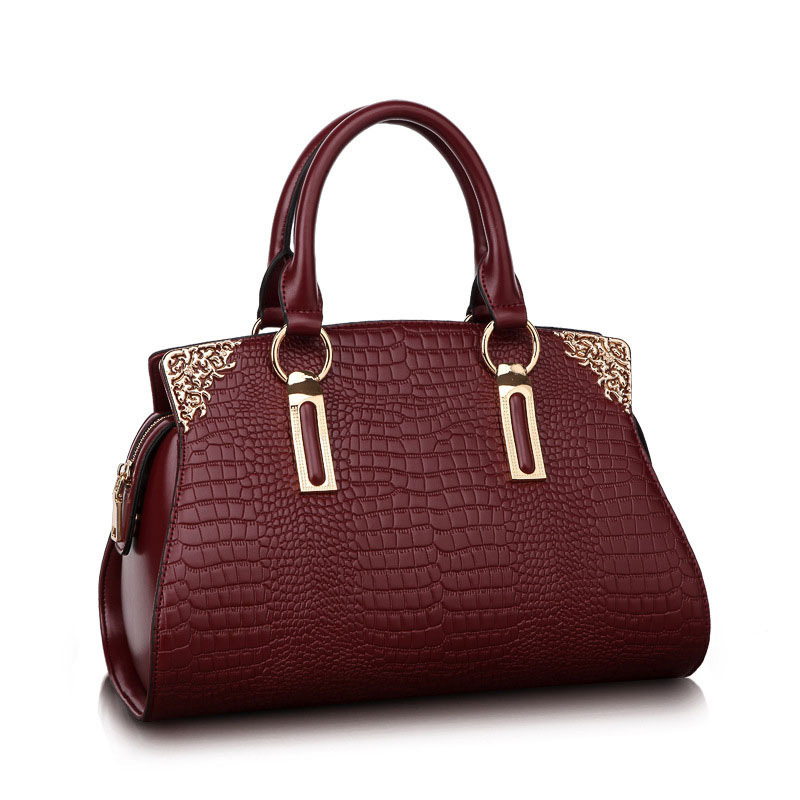 260ae237c543 Тени купить женскую кожаную сумку портфель в москве огромным стабильным