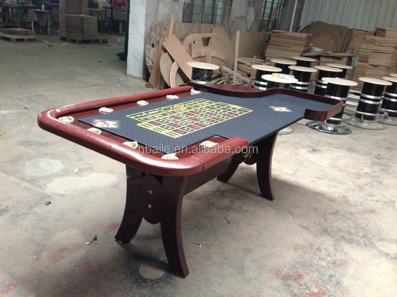 84 Inch Deluxe Casino Style Roulette Poker Table