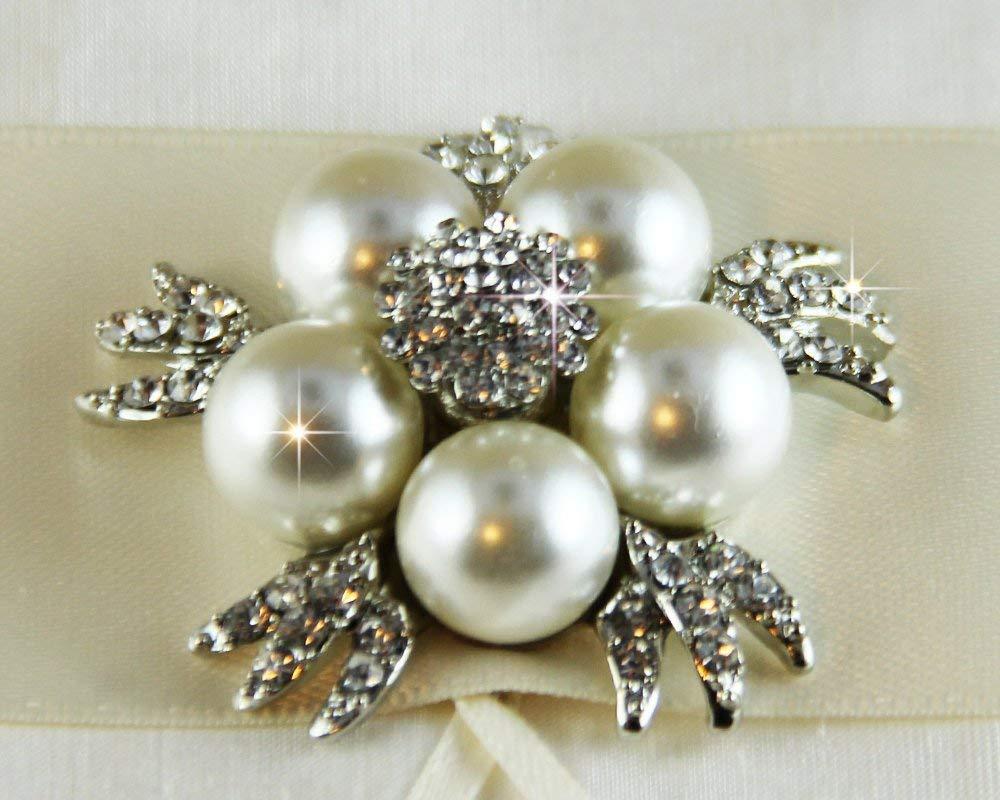 Rhinestone Brooch, Pearl Brooch, Vintage Crystal Brooch, Wedding brooch bouquet, Bridal Sash, Flower embellishment, DIY wedding