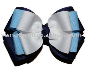 pretty bow with clip