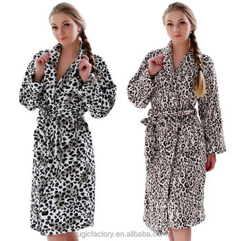 Custom Wholesale Hooded Adult Woman bath robe leopard print Hotel bathrobe 21f14fda4