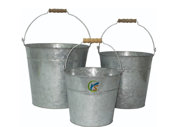 Vintage Galvanized Metal Bucket With Natural Wood Handle Buy Vintage Bucket Metal Bucket Galvanized Bucket Product On Alibaba Com