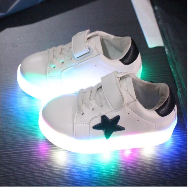 Kids Shoes With Light 2016 New Spring Net Breathable Boys Fashion Sneakers Chaussure Led Enfant Sport Running Girls Shoes