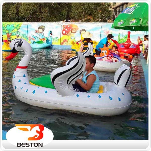 China made funny battery operated electric kiddie bumper boats for swimming pool