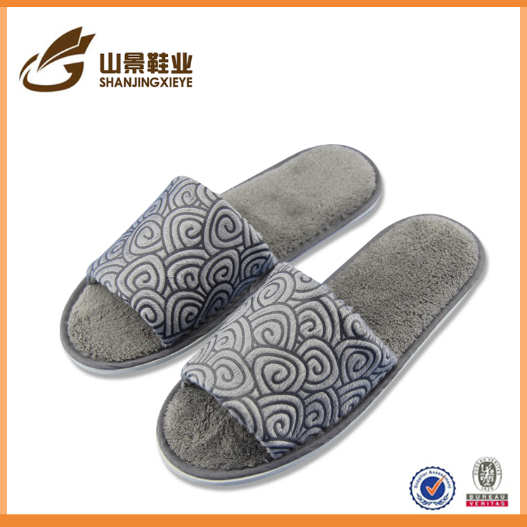 fashion style disposable bathroom slippers cheap house slippers