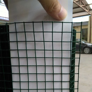 Welded wire mesh for garden fence