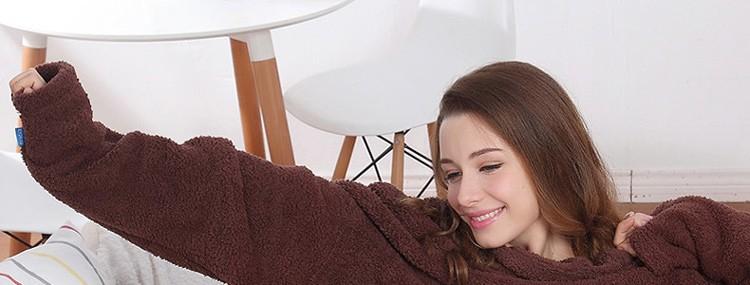 China Supplier Oversized Tv Coral Fleece Snuggie Blanket Wholesale ...