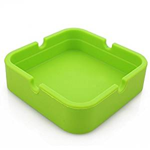 Hong Cheng(™) Silicone Square Ashtray, Pack of 4,Colorfull Premium Silicone Rubber High Temperature Heat Resistant Square Design,Increase, Thickening, Hardness Higher of Ashtray (Green)