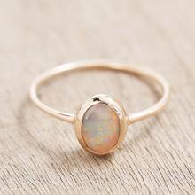 925 Sterling Silver 우미 White Opal <span class=keywords><strong>링</strong></span> 18 천개 Yellow Gold Plated Tiny Collection Size 보석