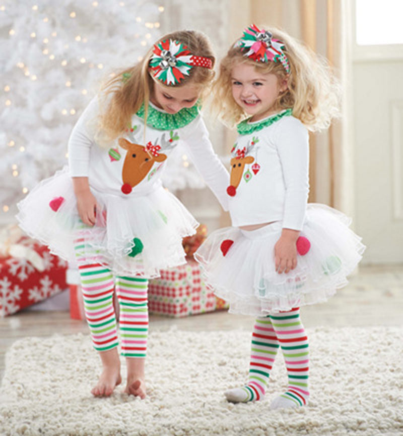 Shop our perfect-for-pictures holiday toddler rompers and longalls in reds and greens or white with cute Christmas appliques. We have sweet Christmas morning pajama sets for girls by Sara s Prints and boys two-piece holiday pajamas with Christmas tree designs by Anavini.