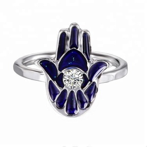 Color Changing Mood Ring Hamsa Hand Shaped White Gold Plated Thermochromic Liquid Crystal Ring