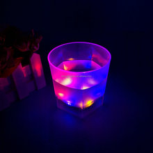 Wholesale Fashionable Light up Beer Mug wedding favors party most popular flashing led glow in the Dark cups for bar items