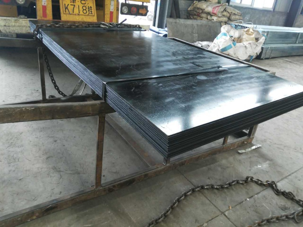 Manufacturer Black painting A36 carbon st-52 steel sheet of ISO certificate