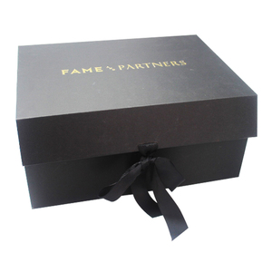 Printed Luxury Black Folding Magnetic Cardboard Clothing Wedding Dress Shipping Box