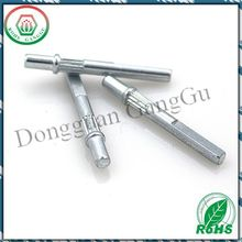 Knurled shaft adapter for plastic